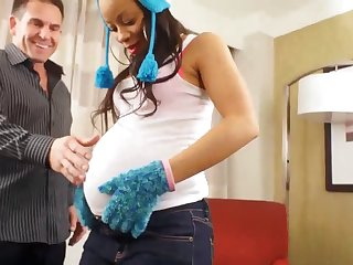 Black Pregnant Girl Fucks White Boy Tt Boy 720p