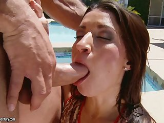 Black Haired Cougar Ann Marie Rios Gets Boned Over The Poolside