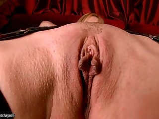 Luxurious Blonde Whore Sandy Fingers Her Wet Cunt